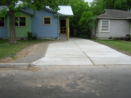 Abby and Tom have a Driveway in Austin